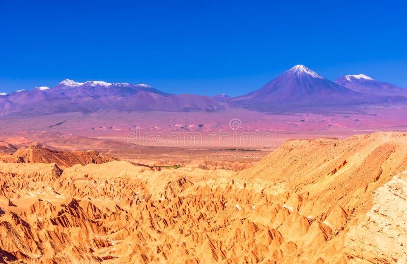 的死亡谷火山在阿塔卡马-智利的沙漠 免版税库存照片