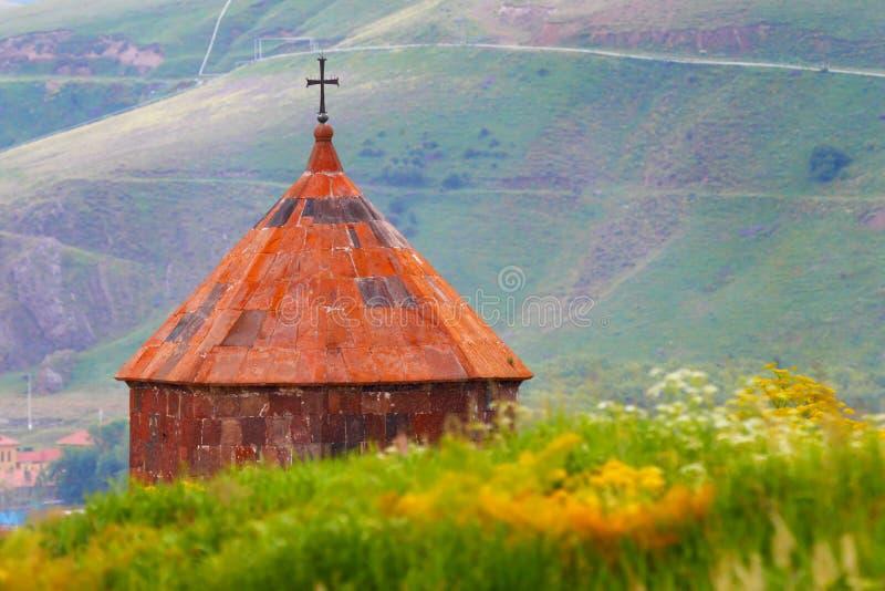 的臂章 Sevanvank broun基督徒基督教上色交叉淡桔色的宗教符号黄色 库存图片