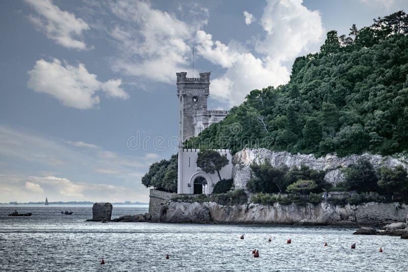 的里雅斯特,意大利米拉马雷城堡城堡  免版税库存照片