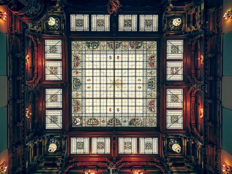 皇宫彩色玻璃屋顶 库存图片
