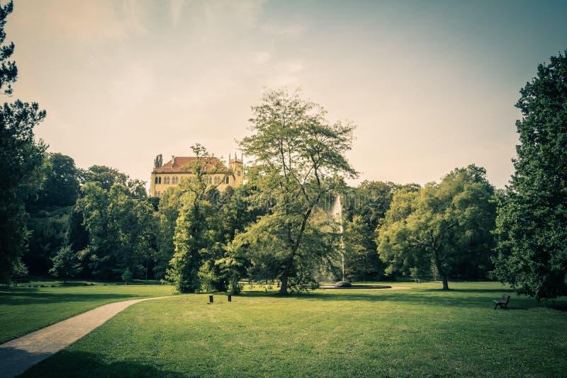 皇家公园Stromovka Krà ¡ lovskà ¡ Obora Stromovka在布拉格,捷克 库存图片