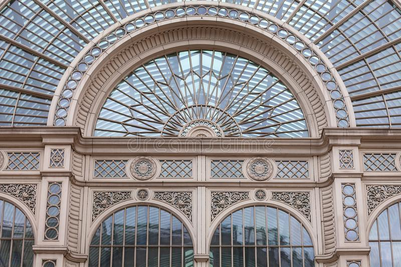 皇家歌剧院,科文特花园剧院,保罗Hamlyn霍尔,伦敦,英国的外部 免版税库存照片