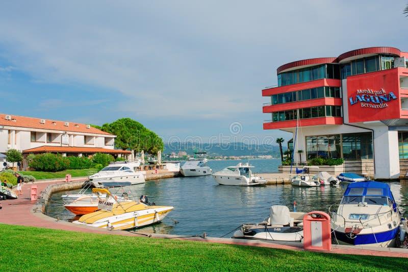 皮兰,斯洛文尼亚- 2015年9月12日:拉古纳Bernandin旅馆视图 库存图片