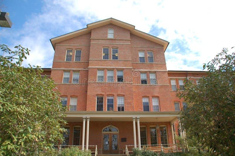 皮博迪霍尔在迈阿密大学,以前妇女的西部学院上起来 免版税库存照片