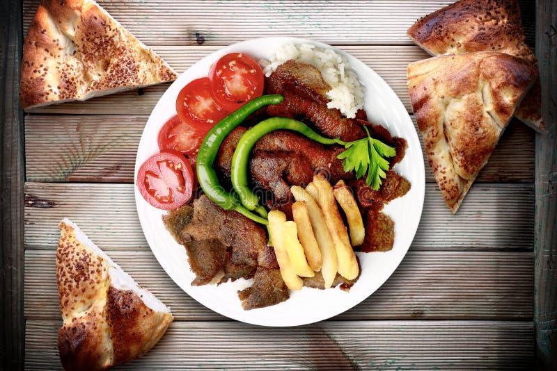 皮塔饼面包和kebab 免版税图库摄影