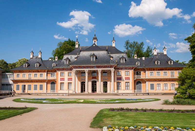 皮尔尼茨城堡在德累斯顿,德国 库存图片