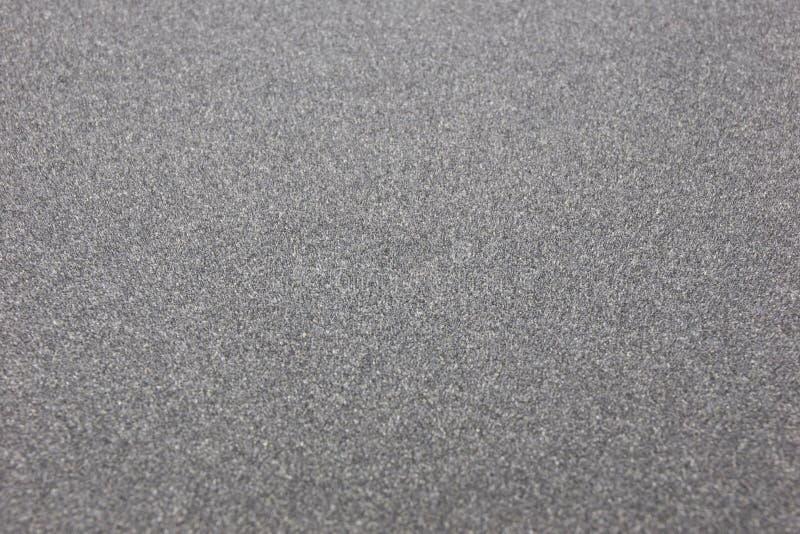 皮肤沙纸墙纸用工具加工修理 库存照片