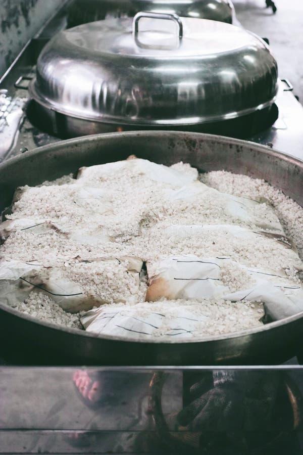 盐味的鸡在怡保,马来西亚 免版税图库摄影