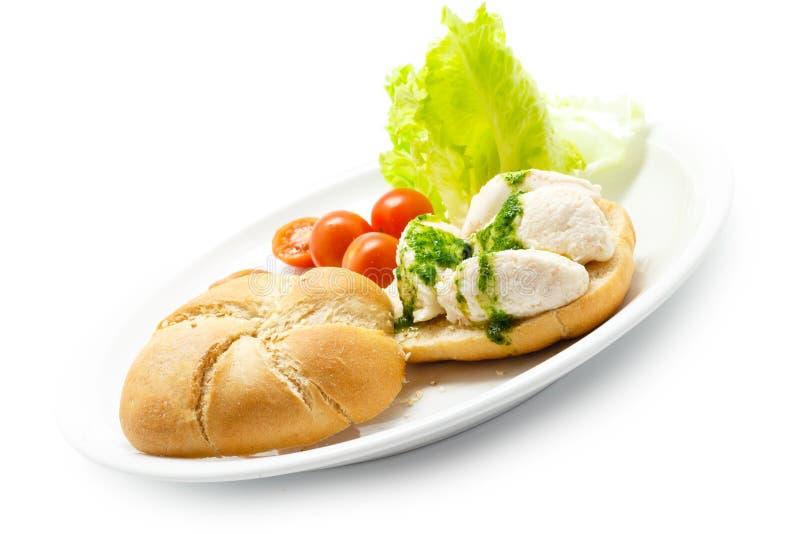 盐渍鳕鱼brandade用在面包的荷兰芹调味汁 免版税库存照片