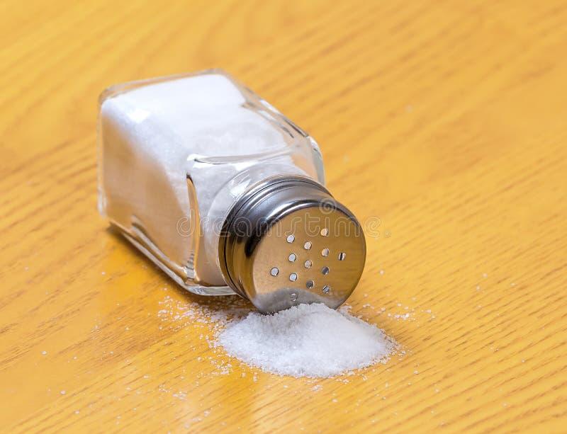 盐瓶 免版税库存照片