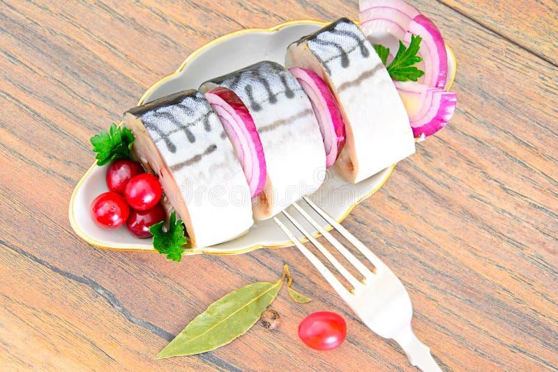 Download 盐用卤汁泡的鲭鱼用蔓越桔和 库存照片. 图片 包括有 健康, 绿色, 柠檬, 正餐, 莳萝, 文化, 烹调 - 62530520