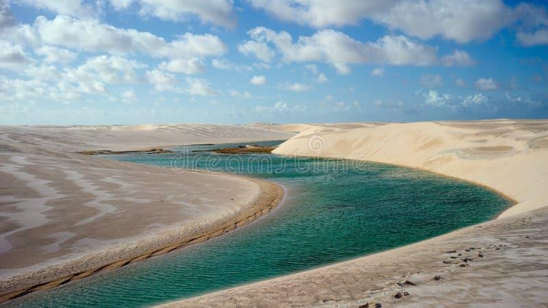 盐水湖和沙丘在Grandes Lencois, Lencois Maranhenses国家公园, Maranhao,巴西 库存图片