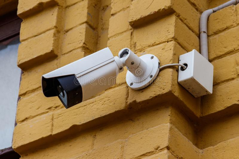 监视器或CCTV系统是记录安全的录影的设备关于商店、商店、房子、旅馆或者办公室 免版税库存图片