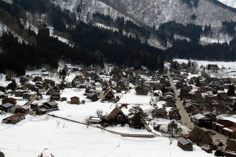 监视视图白川町去在冬天期间在日本 免版税库存图片