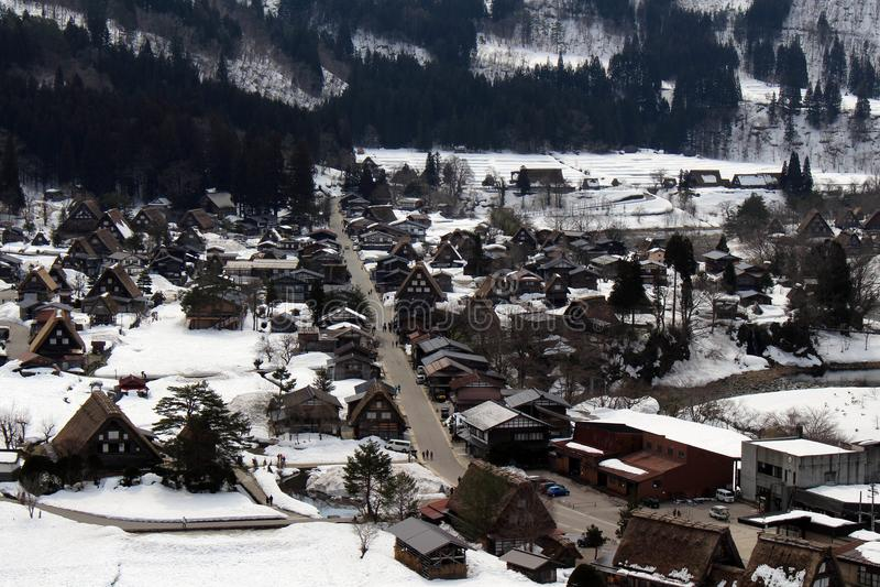 监视视图白川町去在冬天期间在日本 图库摄影