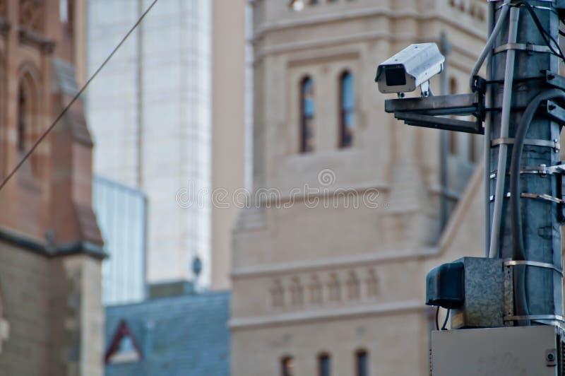 监视CCTV街道室外照相机观看步行近 图库摄影