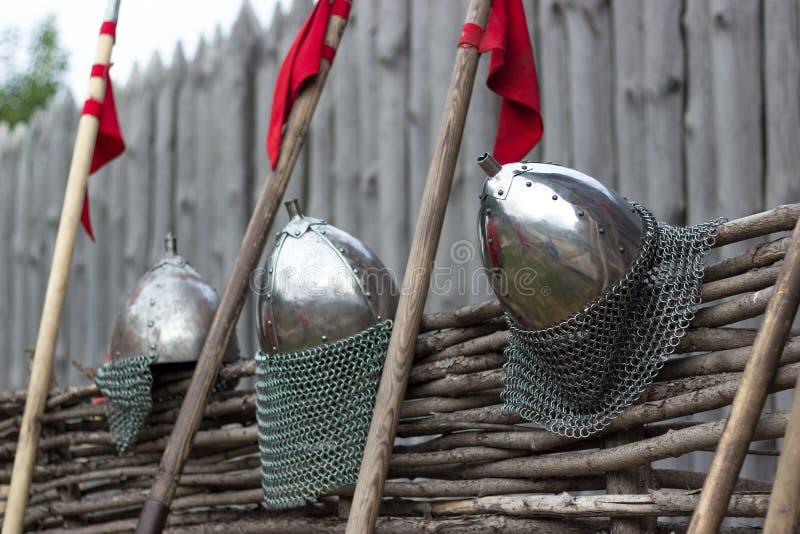 盔甲和矛 库存图片