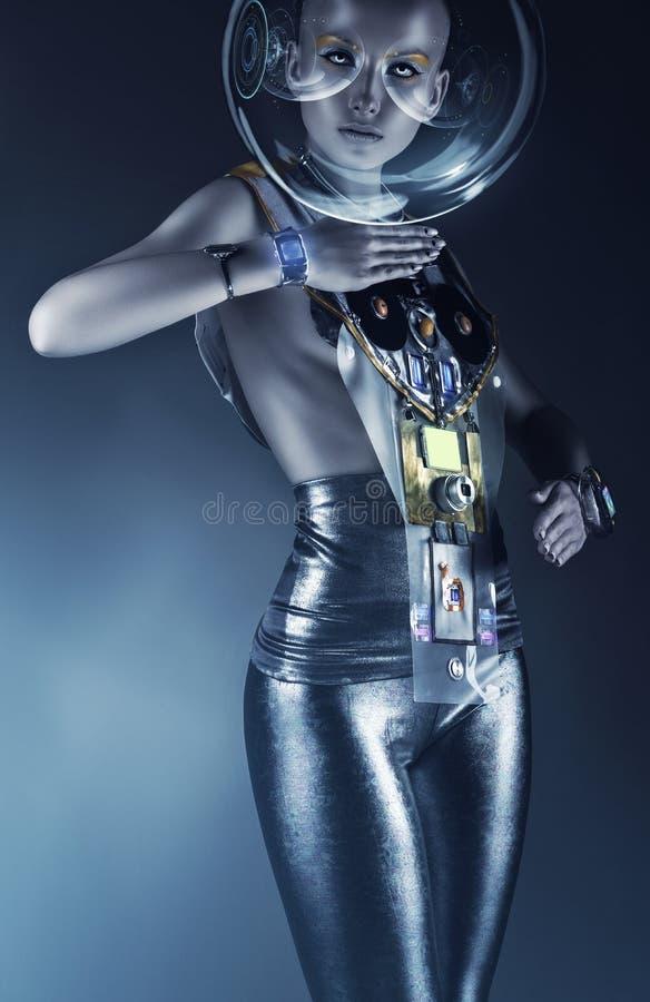 盔甲的靠机械装置维持生命的人妇女与显示 库存照片