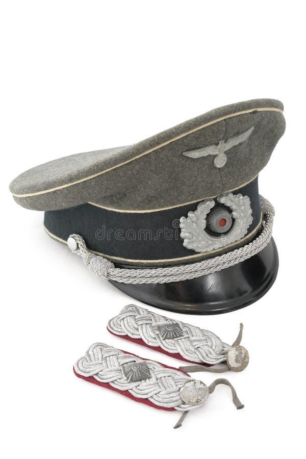 盖帽上校陆军中尉服务肩带 免版税图库摄影