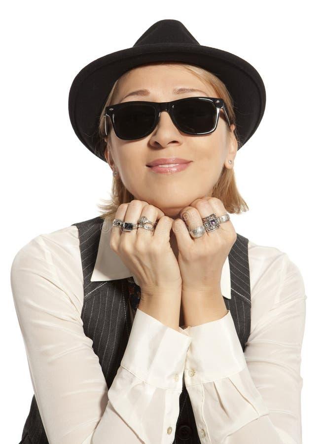 download 黑盖帽的妇女 库存图片.图片