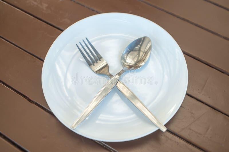盘叉子和匙子 库存图片