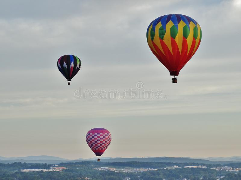 盘旋的热空气气球 图库摄影