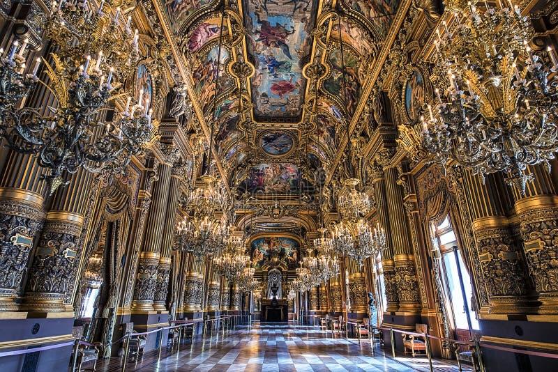 盛大休息室在Palais Garnier,巴黎 免版税库存图片