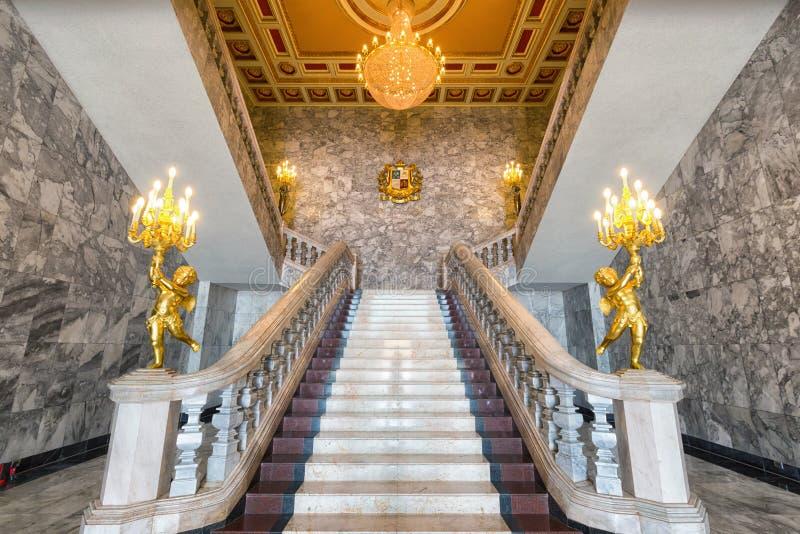 盛大大理石楼梯 库存图片