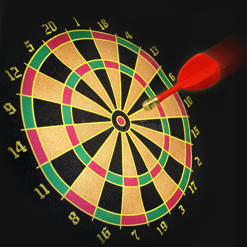 目标和红色箭 库存照片