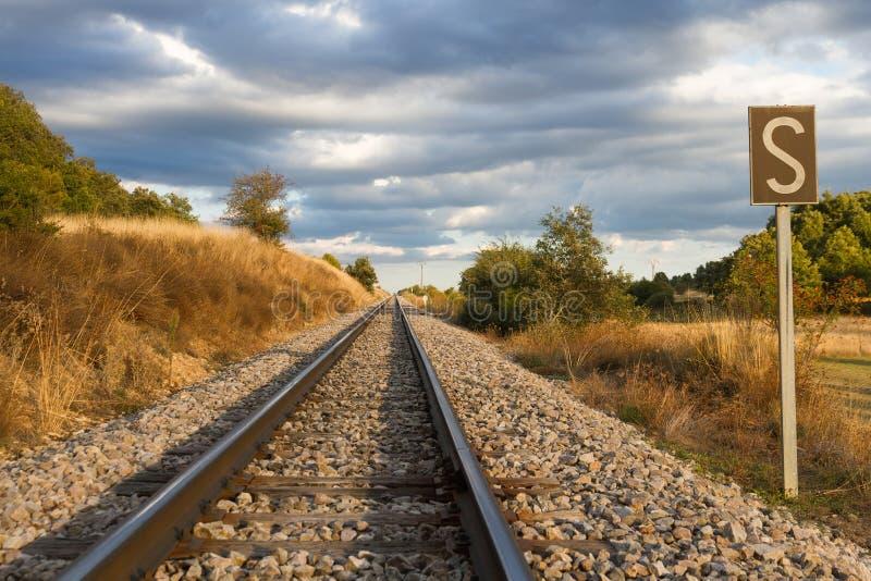 直接铁轨与口哨信号用第一个期限 图库摄影
