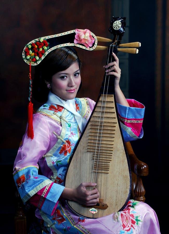 相当亚裔女孩 免版税库存图片
