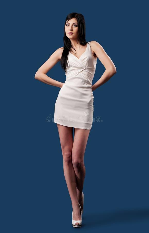 相当礼服女孩白色 免版税图库摄影
