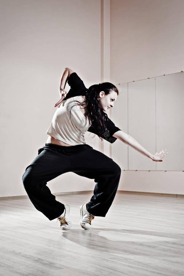相当舞蹈演员行动年轻人 免版税库存图片