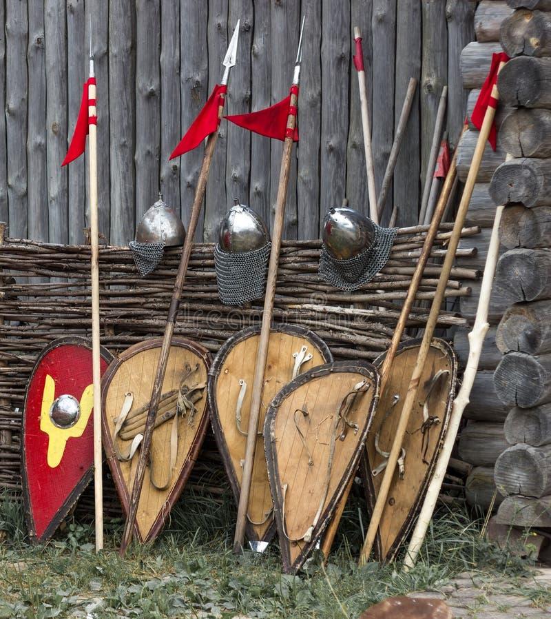 盾,矛,盔甲 免版税库存图片