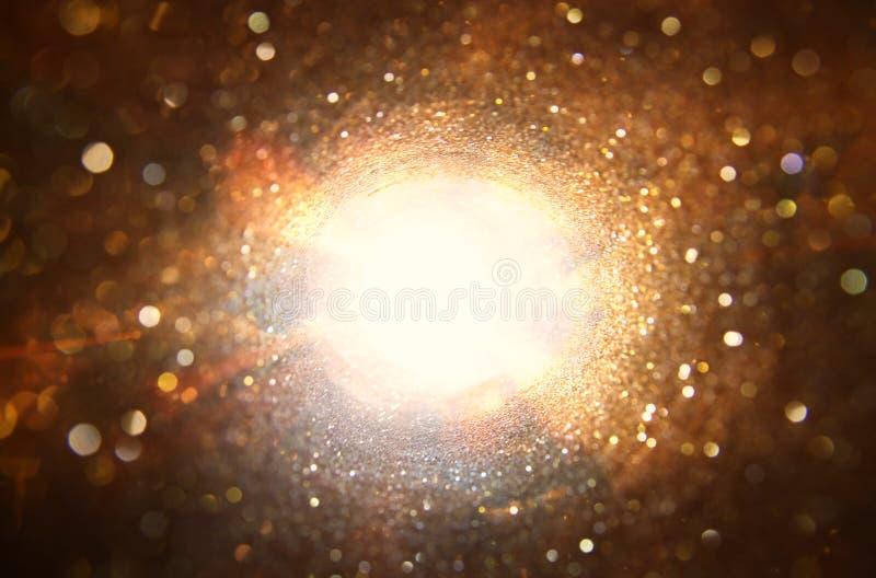 看光的概念图象在隧道尽头 科学幻想小说或奥秘 库存图片
