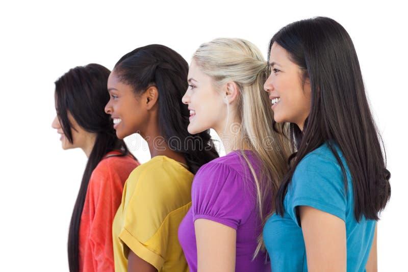 看在同一个方向的不同的少妇 免版税库存照片