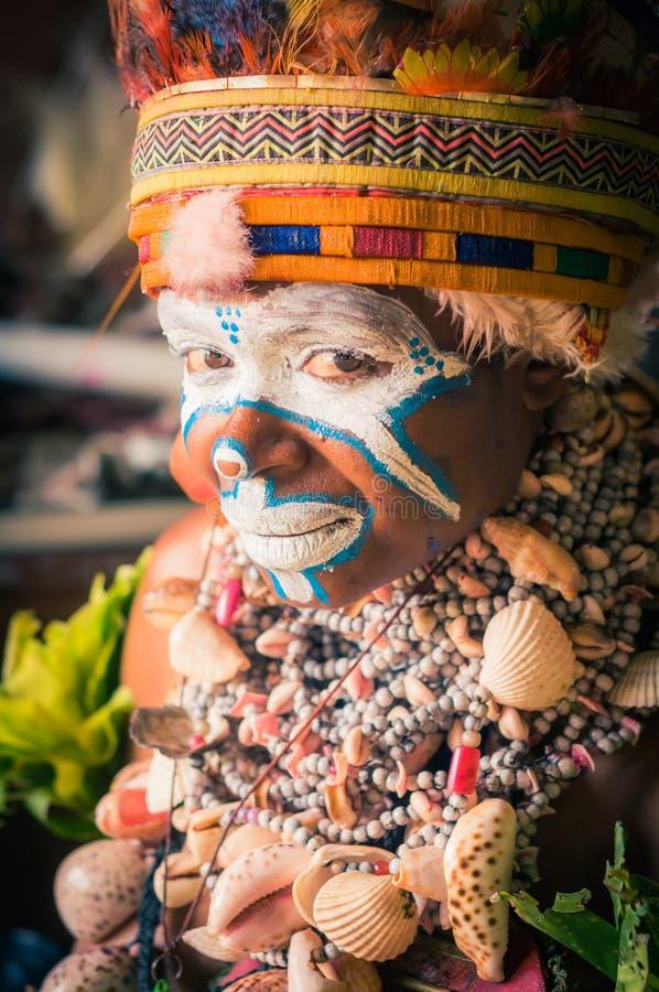 看少妇在巴布亚新几内亚 免版税库存照片