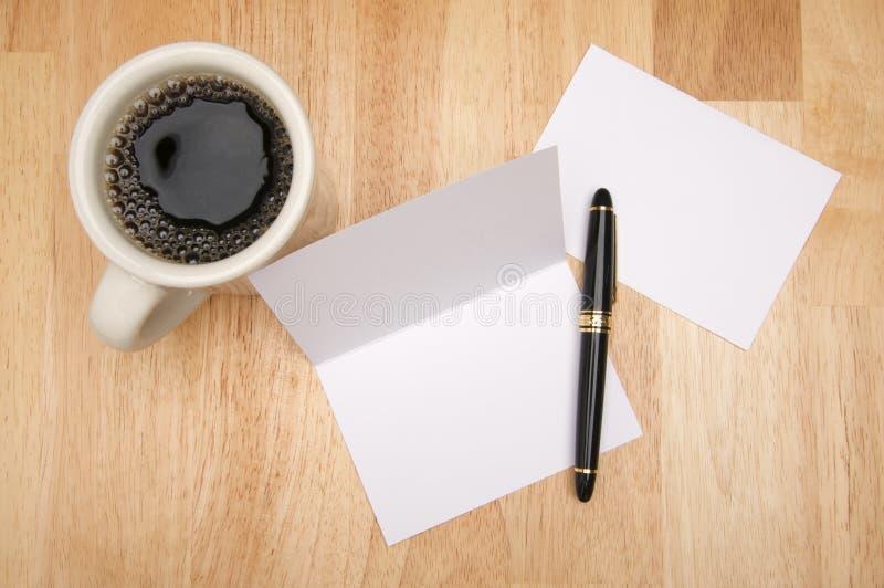 看板卡咖啡信包附注 库存图片