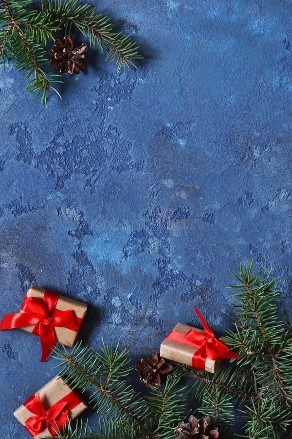 看板卡圣诞节装饰 与pla的圣诞节背景 免版税图库摄影