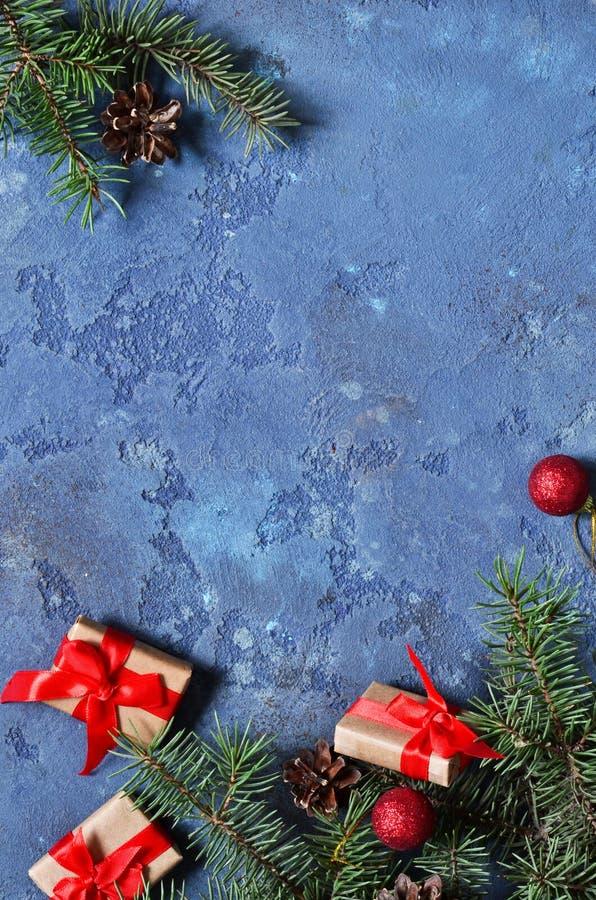 看板卡圣诞节装饰 与pla的圣诞节背景 库存照片