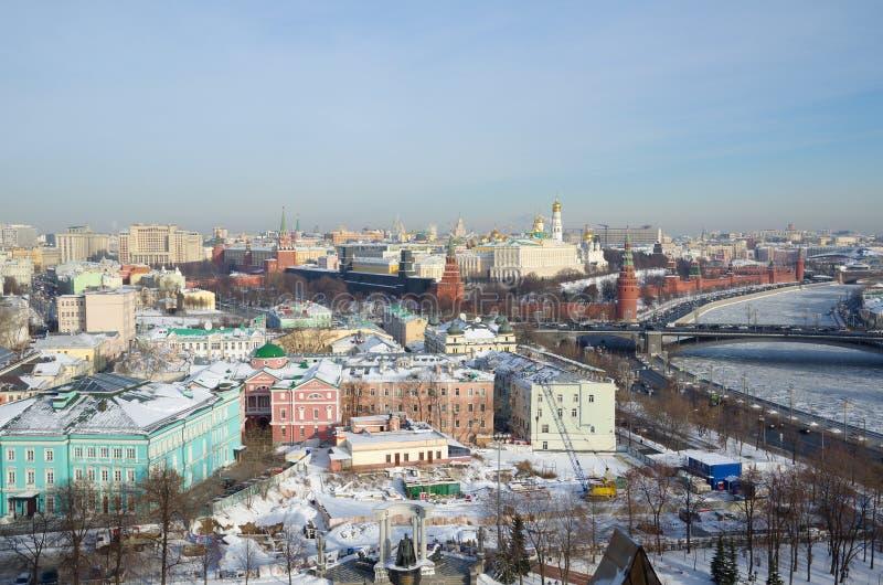 看法从上面克里姆林宫和城市,莫斯科,俄罗斯 免版税库存照片
