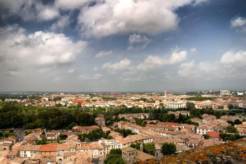 看法从上面屋顶在法国镇 免版税库存图片