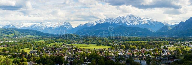 看法向萨尔茨堡Skylinel,奥地利 免版税库存图片