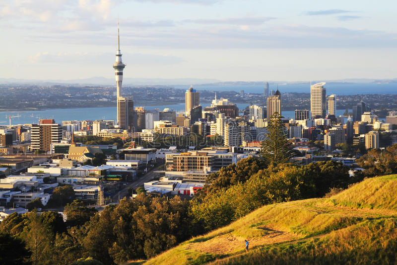 看法向从Mt伊甸园的奥克兰市新西兰 免版税图库摄影