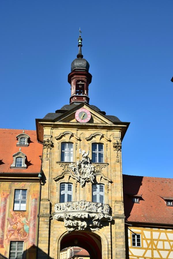 Download 看法在琥珀 编辑类库存照片. 图片 包括有 夜间, 地标, 城市, 室外, 安排, 历史, 拱道, 巴伐利亚人 - 72363588