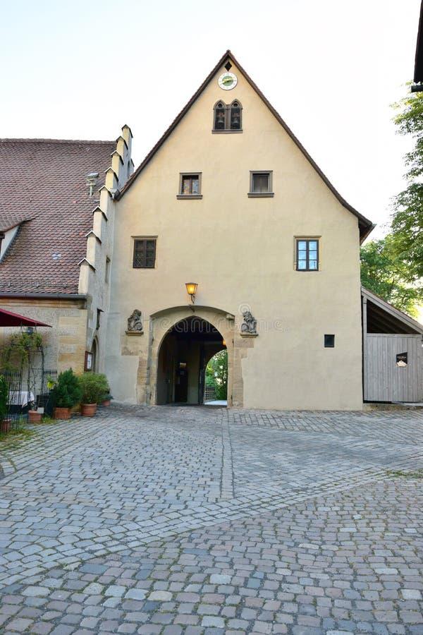 Download 看法在琥珀 编辑类照片. 图片 包括有 视图, 德国, 地标, artsiest, 欧洲, 雕象, 中世纪 - 72366336