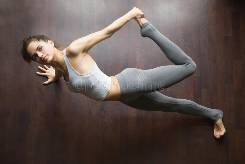 看法从上面鹧瑜伽姿势 图库摄影