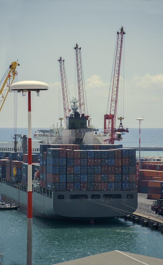 看法货船容器 库存照片