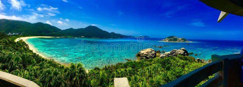 看法Aharen海滩在冲绳岛 免版税图库摄影