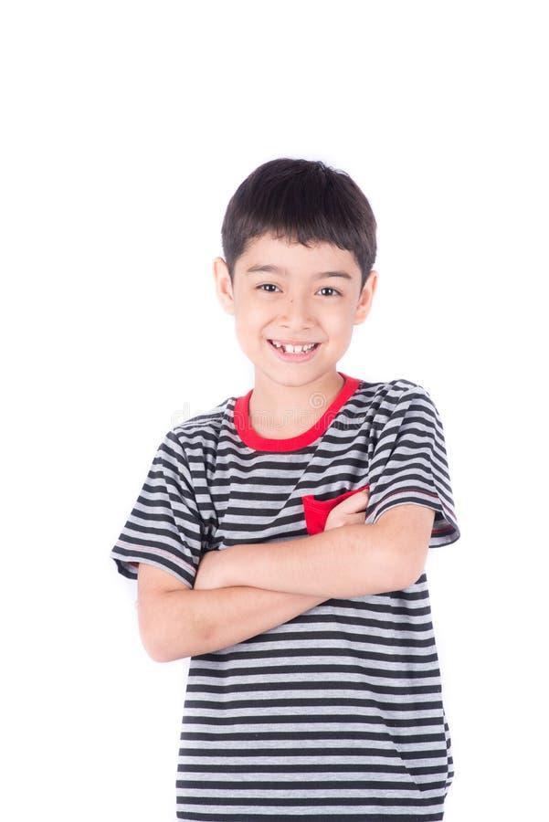 看照相机画象愉快的面孔的小的愉快的男孩微笑 免版税库存照片